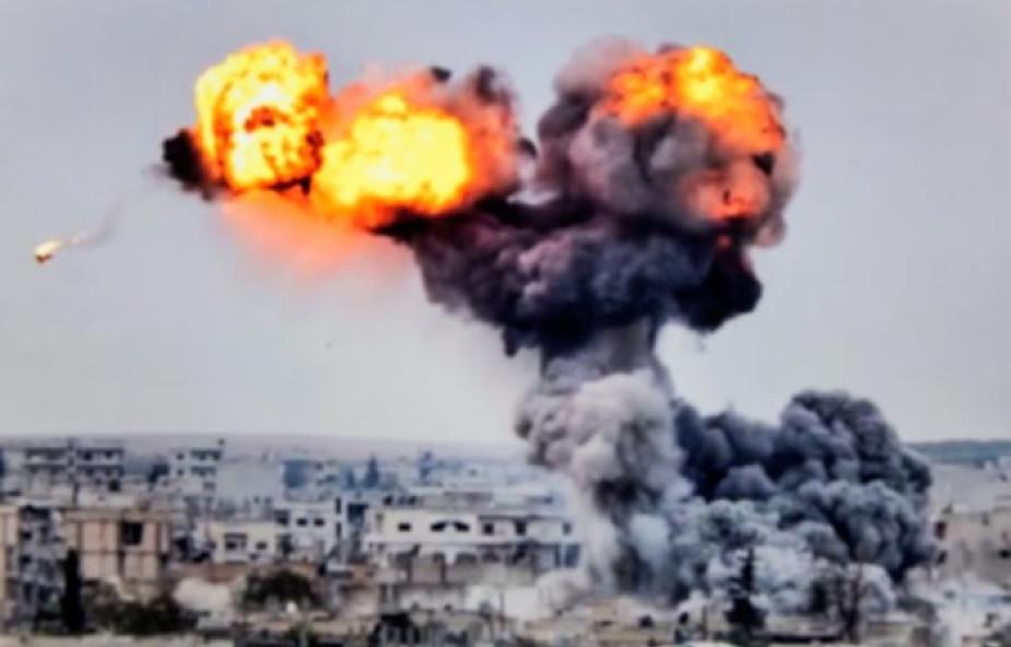 Przeprowadzono ataki na cele IS w Syrii