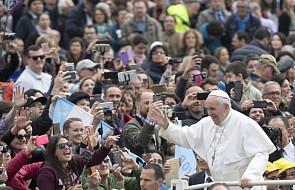 Papież apeluje o ochronę ludności cywilnej Iraku