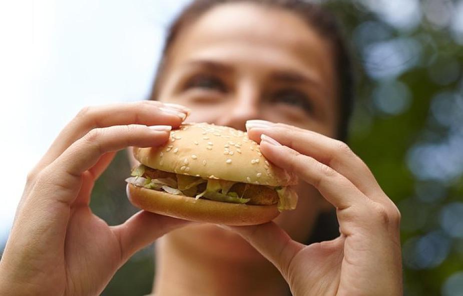 Dlaczego katolicy nie mogą jeść mięsa w piątki Wielkiego Postu?