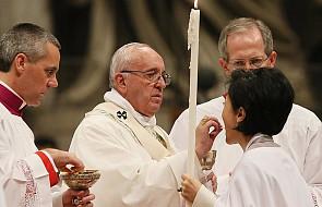 Watykan: Franciszek przewodniczy liturgii Wigilii Paschalnej