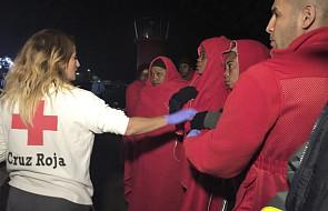 Włochy: w ciągu weekendu uratowano 8,5 tys. migrantów