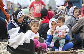 Hotspoty działają, ośrodki dla uchodźców nadal przepełnione