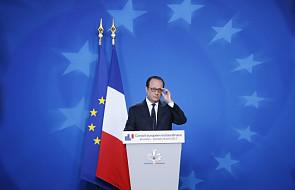 Hollande wzywa Francuzów, by głosowali na Macrona