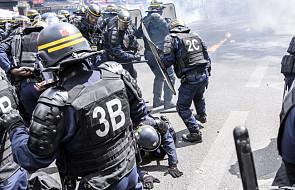 Trzej policjanci zostali ranni podczas starć w Paryżu