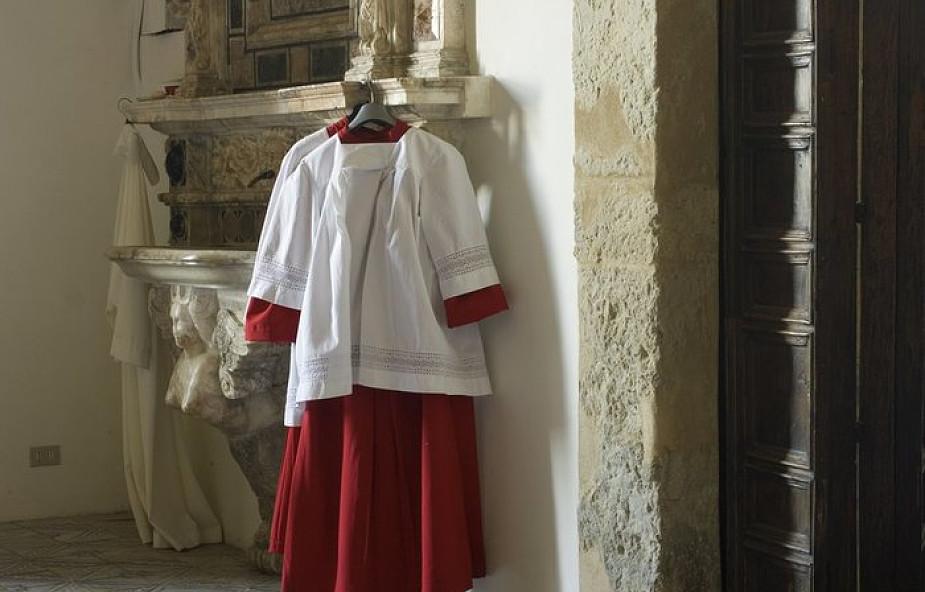 Jak wygląda codzienność ministrantów w Watykanie?