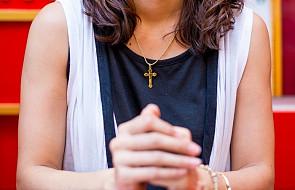 Co tak naprawdę oznacza krzyż, który nosimy?