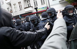 Niemcy: starcia policji z prawicowymi ekstremistami
