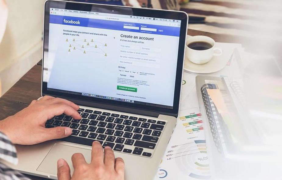 Włochy: 103 euro kary za przeklinanie na Facebooku