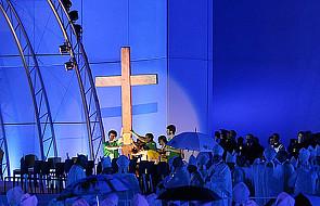 Relikwie św. Jana Pawła II pielgrzymują wraz z symbolami ŚDM