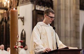 Przepięknie zaśpiewana Ewangelia w czasie święceń u dominikanów