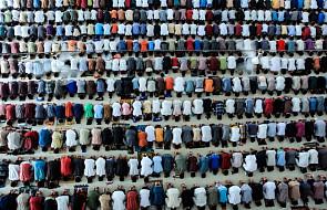Muzułmanie rozpoczęli miesięczny post - Ramadan
