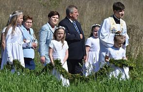 Premier Beata Szydło komentuje prymicje syna