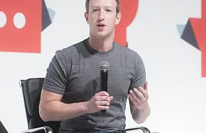 Zuckerberg: modlitwa pomaga mi w trudnościach