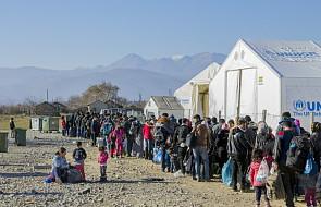 Niemcy: spadła liczba ataków na ośrodki dla uchodźców