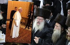 Papież Franciszek tańczy do rytmu żydowskiej muzyki [WIDEO]