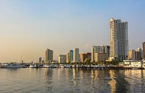 Strzały i eksplozje w hotelu w Manili