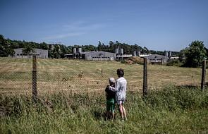 Czechy: protest przeciw chlewni na terenie byłego obozu