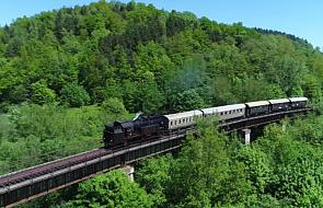 Poznaj najpiękniejszą linię kolejową w Polsce [WIDEO]