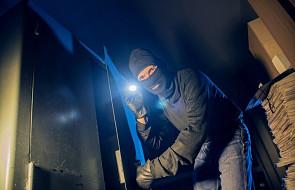 Włochy: złodzieje pomogli dyrektorce poczty, gdy zasłabła podczas napadu