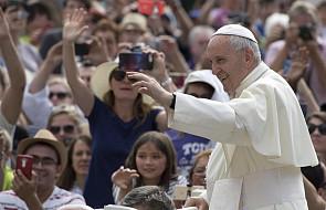 Papież do Polaków: módlcie się o pokój