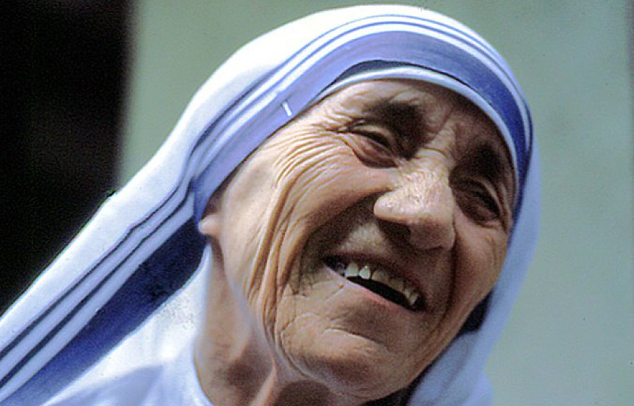 Strój Matki Teresy... zastrzeżonym znakiem towarowym
