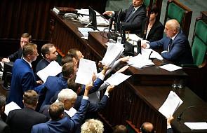 W Sejmie w nocy burzliwa debata nad projektem o SN