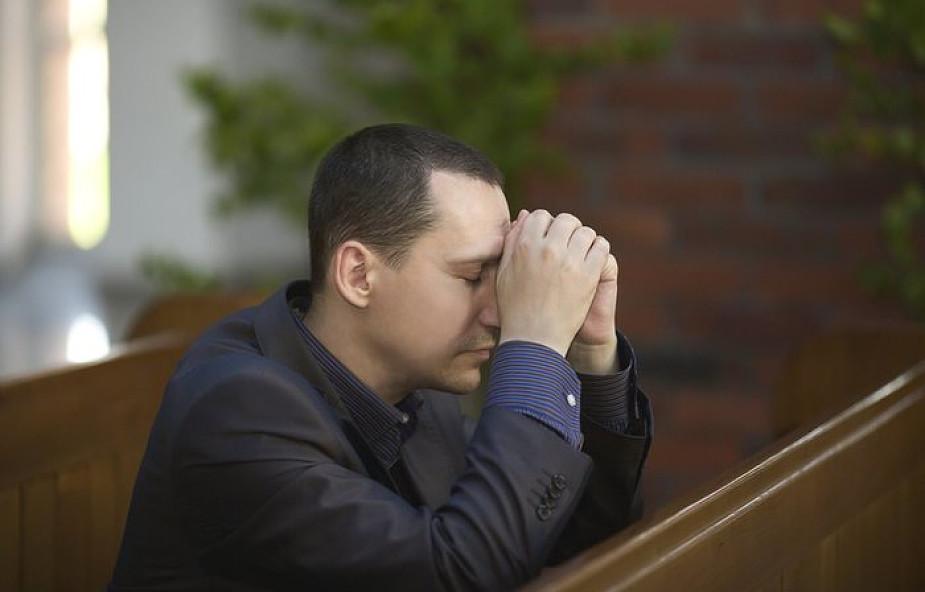 15 silnych modlitw, które możesz odmówić w 15 sekund