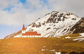 Islandia: Kościół zapowiada ankietę na temat sytuacji parafii