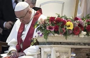 Zakonnicy chcą, by papież napisał encyklikę o niestosowaniu przemocy
