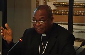 Kard. Onaiyekan: nikt nie jest godny przyjęcia Najświętszej Eucharystii