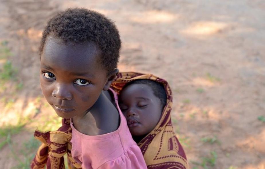 UNICEF: coraz więcej dzieci używanych do zamachów w Nigerii