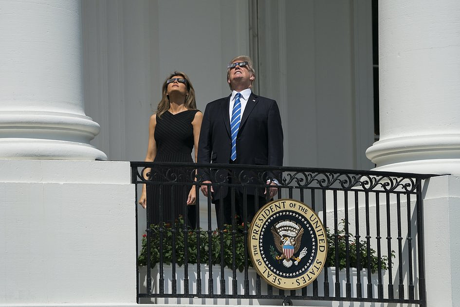 USA: miliony Amerykanów i turystów były świadkami zaćmienia Słońca [GALERIA] - zdjęcie w treści artykułu nr 7