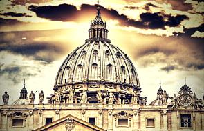 Dlaczego Kościół kanonizował człowieka, który zabił trzysta osób?