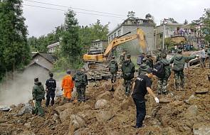 Chiny: 32 osoby zaginione po ogromnym osunięciu ziemi, trzy osoby nie żyją