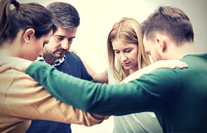 Modlitwa wstawiennicza - ludzkie gadanie?