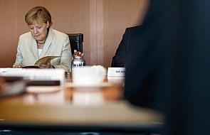 Niemcy: Merkel rozmawiała z szefem KE, rząd nie podał szczegółów