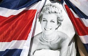 W 20. rocznicę jej śmierci, Brytyjczycy oddają hołd księżnej Dianie