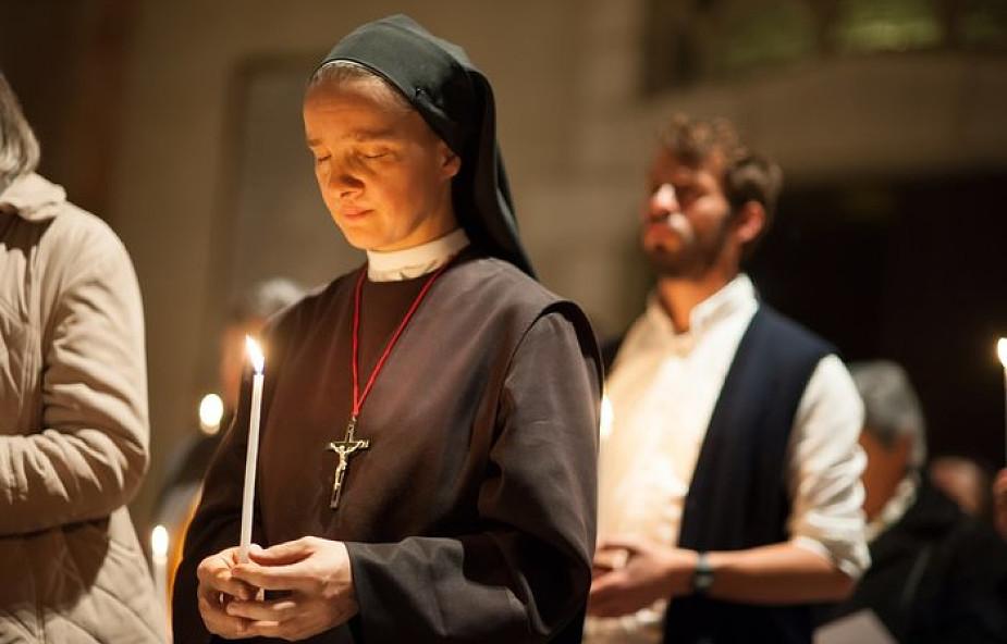Siostra zakonna w Kanadzie otrzymała zgodę na prowadzenie uroczystości pogrzebowych