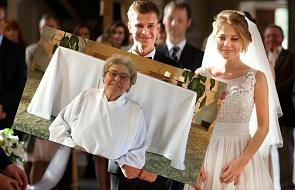 Za zgodą Watykanu i lokalnego biskupa zakonnica poprowadziła ceremonię ślubu