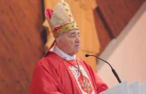 Poważnie pogorszył się stan zdrowia emerytowanego arcybiskupa Mediolanu