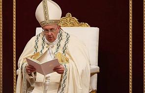 Watykan dementuje: papież nie wiedział, że błogosławieństwo trafi do homoseksualnej pary