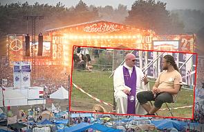 Ten ksiądz pojechał na Woodstock, ustawił krzesło i… zaczął spowiadać