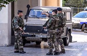Francja: pod Paryżem samochód wjechał w żołnierzy; 6 rannych