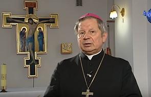 Bp Tomasik apeluje o wyhamowanie emocji w życiu politycznym: dotyczy to każdego z nas