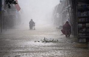Wietnam: nadchodzi tajfun Doksuri. Dziesiątki tysięcy ludzi ucieka przed żywiołem