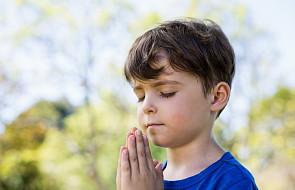 10 skutecznych sposobów, by nauczyć modlitwy swoje dziecko