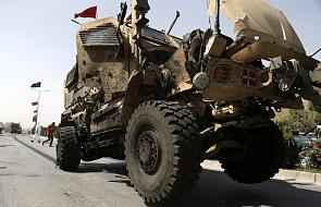 Afganistan: atak rakietowy na Kabul podczas wizyty ministra obrony USA