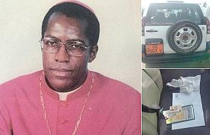 Grób biskupa zbezczeszczony przez nieznanych sprawców. Na miejscu znaleziono ślady krwi