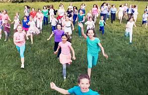 Posłuchaj radosnego kawałka Małego TGD i odkryj siłę dziecięcej wiary [MUZYKA]