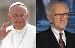 """Netflix stworzy serial o papieżu Franciszku. W jego rolę wcieli się aktor znany z """"Gry o Tron"""""""